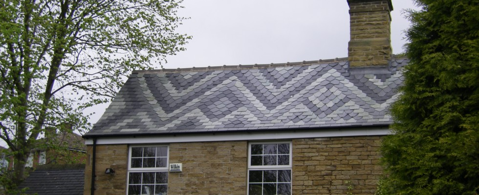 ZigZag Patterned Roof Slate Tiles